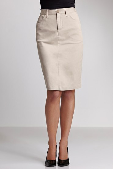 Capture Stretch Twill Secret Support Skirt