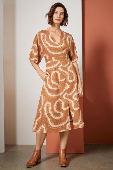Chic Fashion Details - 2585661