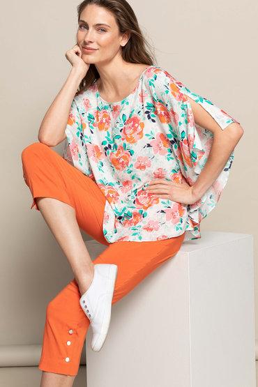 Moody Florals - 2366331
