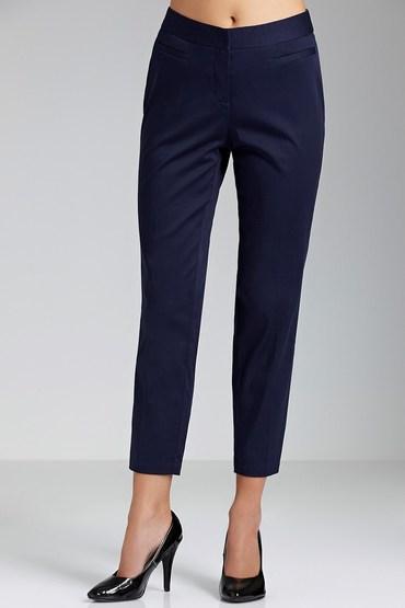 Capture Sateen Straight Leg 7/8 Pants