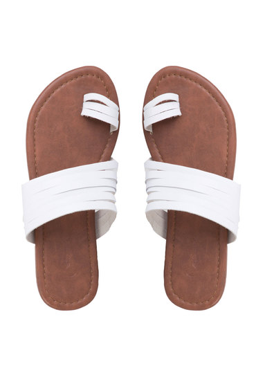 Capture Toe Post Sandal