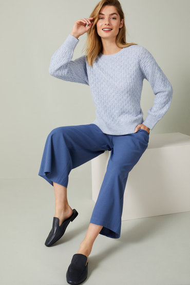 Comfort and Style - 2568611