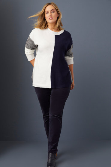 Knits of Distinction - 2583992